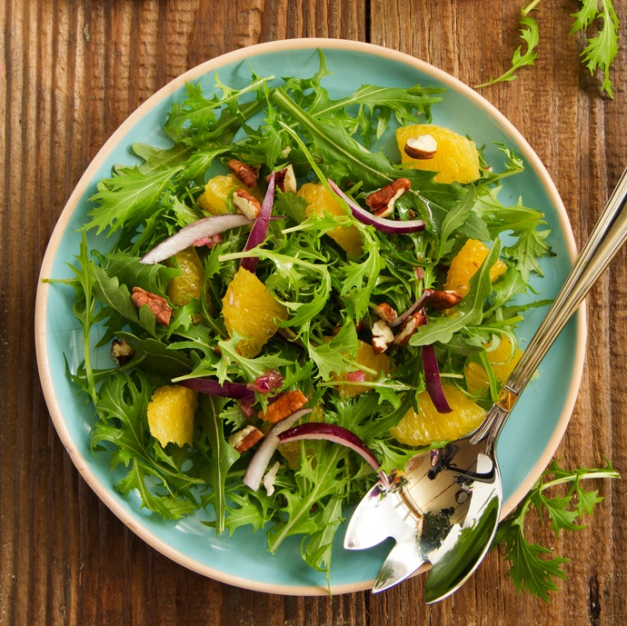 Arugula salad with oranges