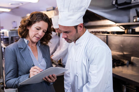 Restaurant_Manager_ordering_withChef